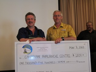Smithers Snowmobile Association Gives Generously to Canadian Avalanche Centre